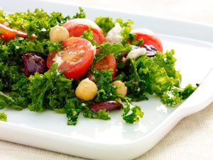 WF_Recipe 1440x1080_Tomato Kale Salad