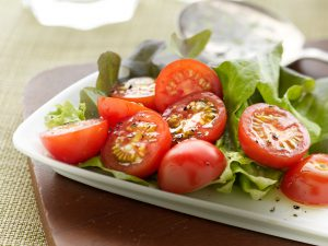 WF_Recipe 1440x1080_Tomato Salad